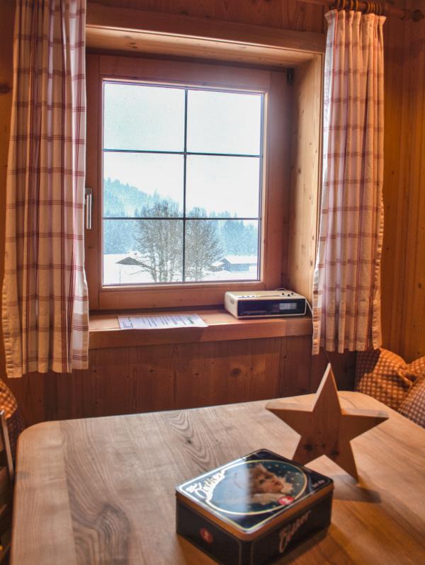 Ausblick von der Ferienwohnung am Tuxerhof in Achenkirch am Achensee ins Tal